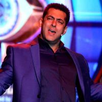 Bollywood superstar Salman Khan is prepping up to host the new season of the famous TV show, Bigg Boss. The actor, who has been the reality show's host for last 6 seasons, features in a new promo that confirms the show launch date. Bigg Boss 10 will...