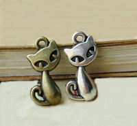 Pack of 50 Cat Charms. Different Colours. Animal Pendants. 16mm x 8mm Tags £8.99