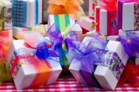 Send Gifts to Pakistan from UK #SendGifts #CargotoPakistan #CheapRates https://www.cargotopakistan.co.uk/courier.php