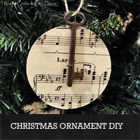 Vintage Key Christmas Ornament DIY from rustic-crafts.com