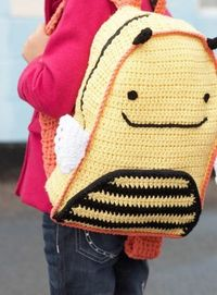 FREE INSTRUCTIONS -- Busy Bee Backpack | Great back to school project.