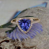 Women's Solid 14K Yellow Gold Natural Tanzanite Diamond Engagement Ring