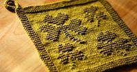 Free knitting pattern for shamrock dish cloths and more St. Patrick's Day patterns at http://intheloopknitting.com/free-st-patricks-day-knitting-patterns/