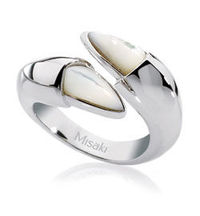 very attractive set of rings, designs that is hard to find anywhere else..