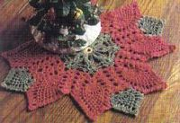 Poinsettia Pineapple Doily ~ free pattern
