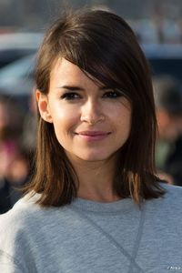 Miroslava Duma short hair with side swept bangs