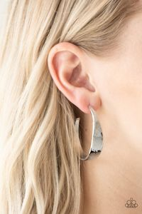 Paparazzi Hoop and Holler-silver hoops $5.00