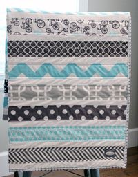 Aqua and Grey Bicycle quilt