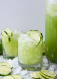 I mean, it's like we're drinking SALAD. It's so green that I feel healthier just looking at it. Don't you?! MY OTHER RECIPES I love cocktails with a hint of cuc