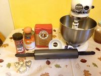 Pumpkin is a great source of fiber not only for people, but also for dogs. Here is how to make pumpkin dog treats.