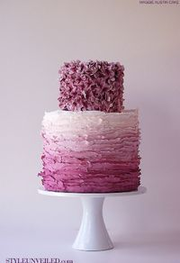 Love this cake! So pretty and different