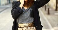 metallic gold skirt. determined to find a pattern for this or I'm making it myself. My new years skirt?