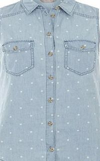 Dorothy Perkins Womens Bleach Spot Sleeveless Denim Shirt- White Bleach spot denim sleeveless shirt with tortoiseshell button down front. The wearing length is approximately 65cm. 100% Cotton. Machine washable. http://www.comparestoreprices.co.uk//dor...