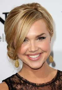 Er, this would work well with your hair! Cute Loose Side Bun with Long Bangs
