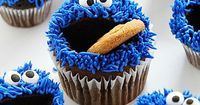 No one can resist smiling when they see these fun and EASY cookie monster cupcakes! Step by step video tutorial on how you can easily make them in your own home