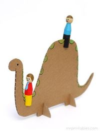 Peg dolls... and a Dinosaur? Awesome ideas for homemade toys from Mr Printable, with templates!