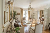 """It's that �€œje ne sais quois�€ �€"""" a hard to define characteristic that makes something stylish. Just as French women have an alluring mystique, so do homes decorat"""