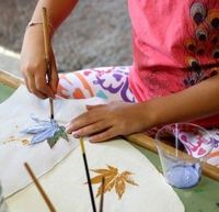 Learn how to create these beautiful leaf prints in just 4 easy steps!