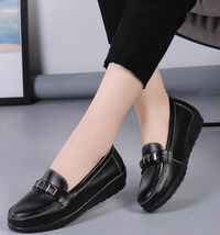 Casual Slip-On Genuine Leather Loafers for Women,NEW,on Sale! More Info:https://cheapsalemarket.com/product/casual-slip-on-genuine-leather-loafers-for-women/