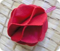 zakka life: Craft Project: Felt Christmas Ornament