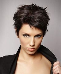 Salon Hairstyle: Casual Short Straight Hairstyle Styling Steps