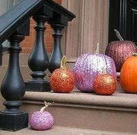 Instead of creating jack-o'-lanterns for autumn, jazz up those pumpkins with glitter for a kid-friendly alternative to carving. Glitter can be used to create al