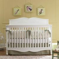 Graco Victoria 4-in-1 Convertible Crib in White FREE SHIPPING