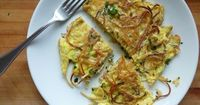 """Spaghetti Omelet Do not try this with freshly made pasta �€"""" it won't work. Use 3 eggs for every 1 cup of cooked spaghetti. Fry leftover, unsauced spaghetti in 1 tablespoon olive oil over medium heat. Add some salt and cook for 5 minutes ..."""
