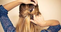 You don't have every day a lot of time just to arrange your hairstyle. In case of that Nadyana Magazine have collected for you 17 brilliant ideas of quick and e