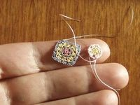 Miniature granny square crochet - wow, who knew you could crochet something so tiny!