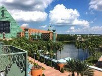 Walt Disney World Swan and Dolphin Hotels + Video - Part 2 Review.