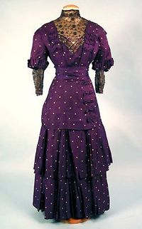 I wonder if this fabric is period.. Sure is NUMMY!! Purple Silk Dress, c. 1908.